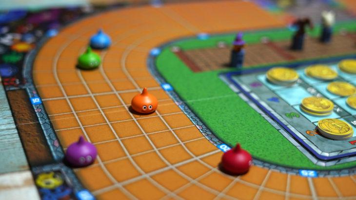 大人気RPGドラクエモチーフのボードゲーム ドラゴンクエスト『スライムレース』ルール&レビュー